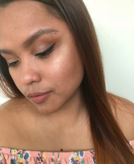 BeccaXChrissyTeigen Endless Bronze and Glow Selfie